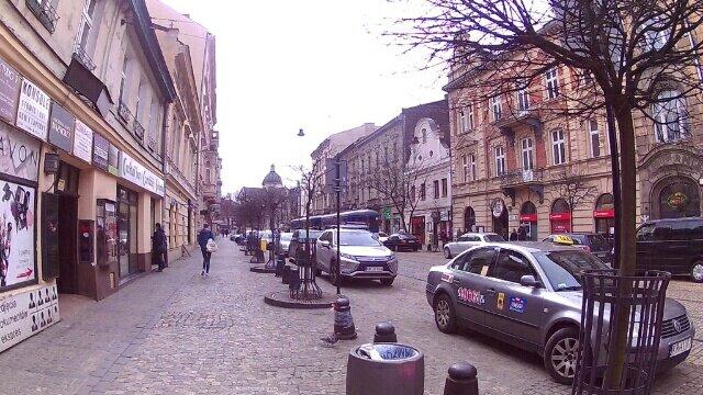 ハンガリーの「ブダペスト」からポーランドの「クラクフ」に移動しました。