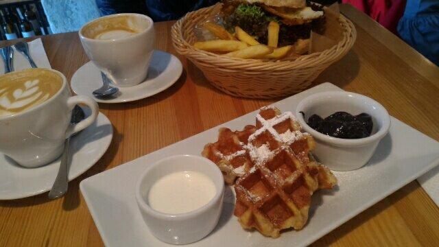 【ポーランド】激安!激ウマ!クラクフおすすめカフェ・朝食!大人気!
